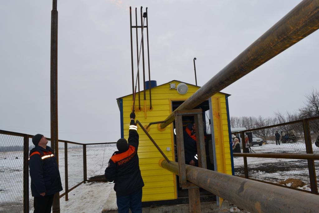 Голубое топливо пришло в села Терновского и Грибановского района. К концу 2013 года в нашем регионе должны быть построены 14 межпоселковых газопроводов общей протяженностью 360 километров